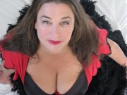 Bondassage Byron Bay Shire with BBW Madame Liana